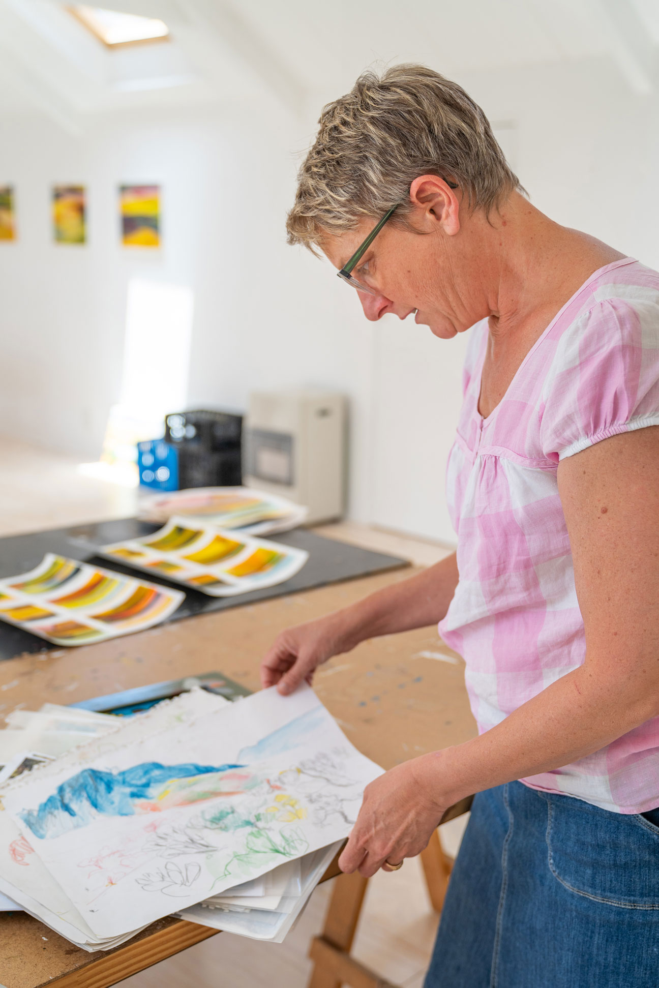 South Artist, Jenny Parsons in her studio