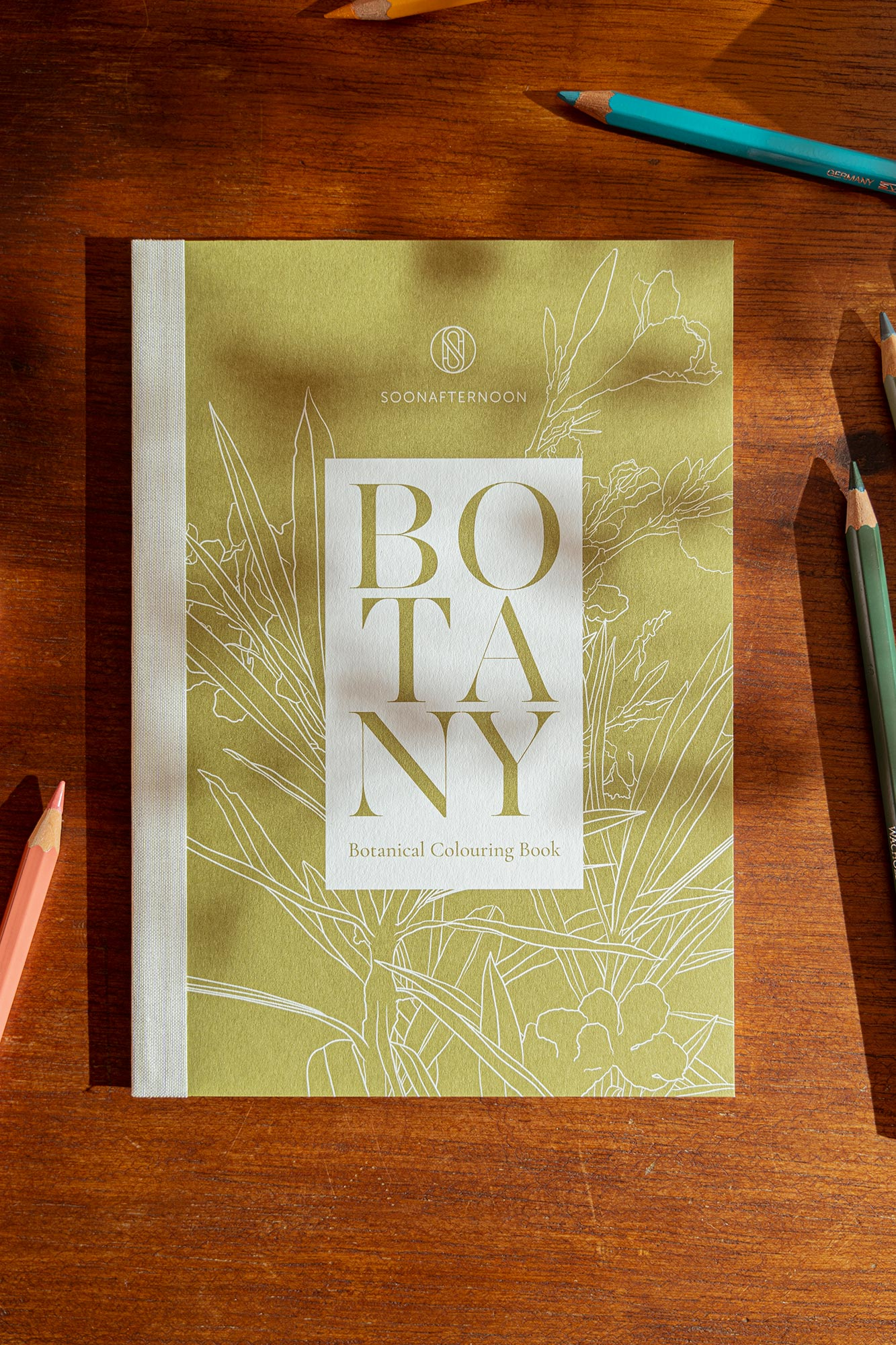 Botanical Colouring Book for grown-ups