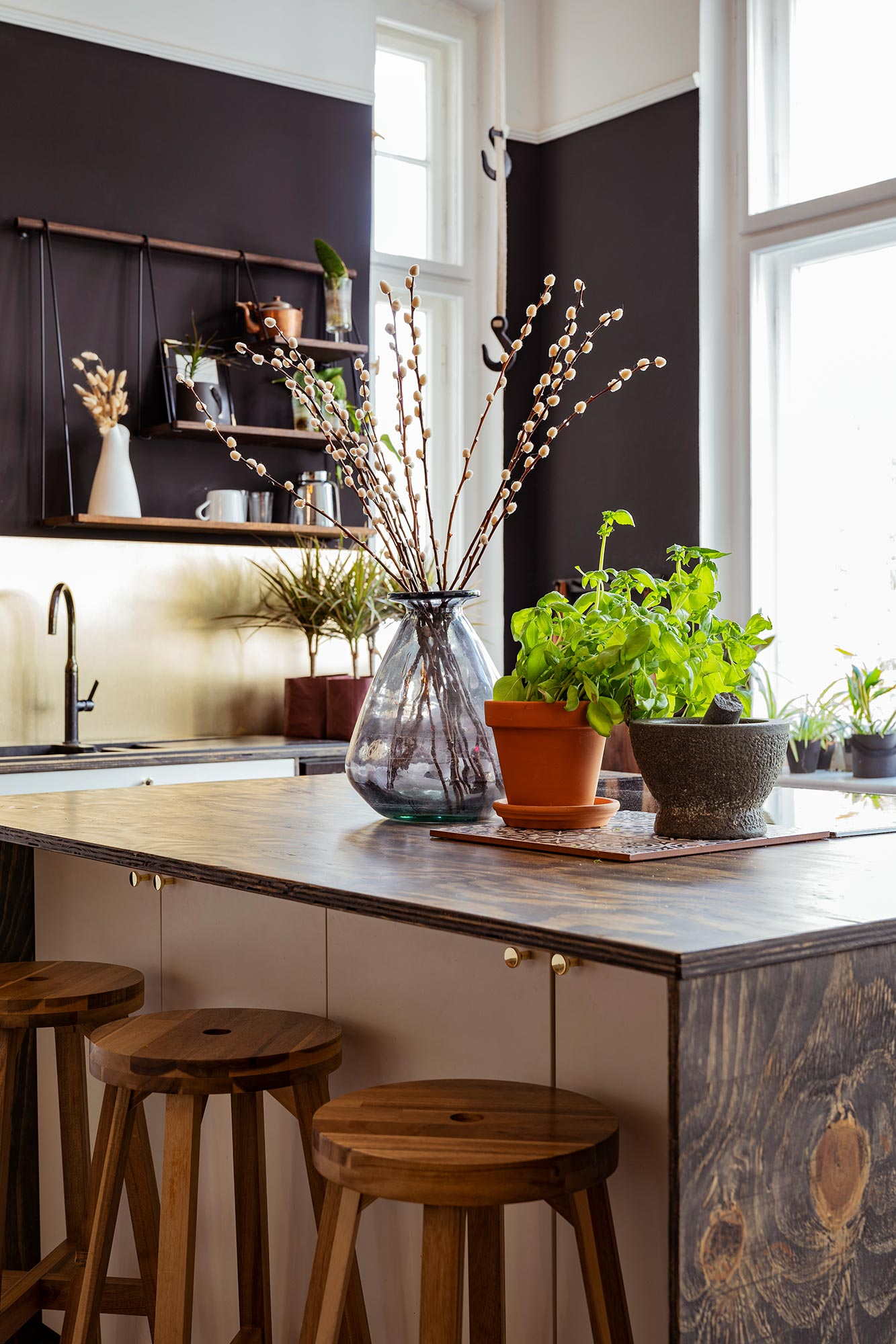 Kitchen with dried flowers